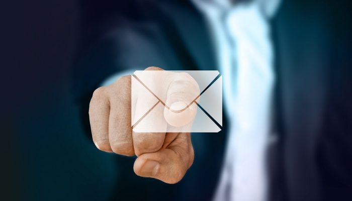 אימייל לעסק עם הדומיין שלך